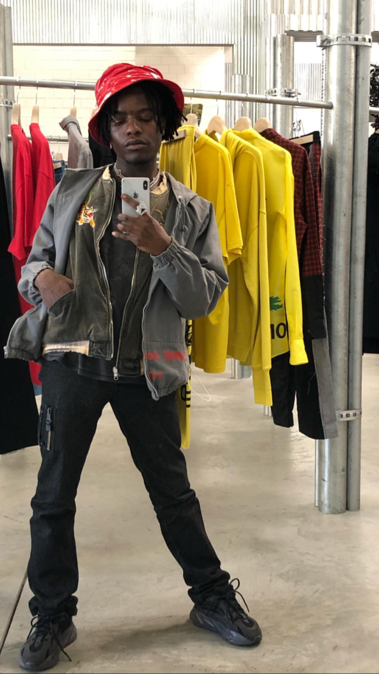 on sale 7230f 6e94c SPOTTED: Ian Connor in Unreleased YEEZY 700 Sneakers – PAUSE ...
